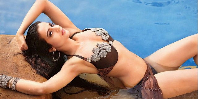 katrina-kaif-bikini-photo