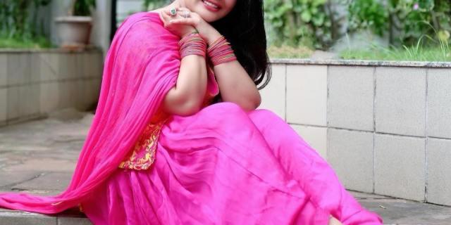 ख़ुशी गढ़वी (Khushi Gadhvi)