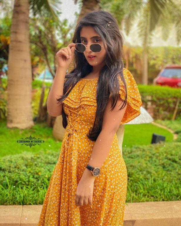 Sameeksha Sud Photo Image