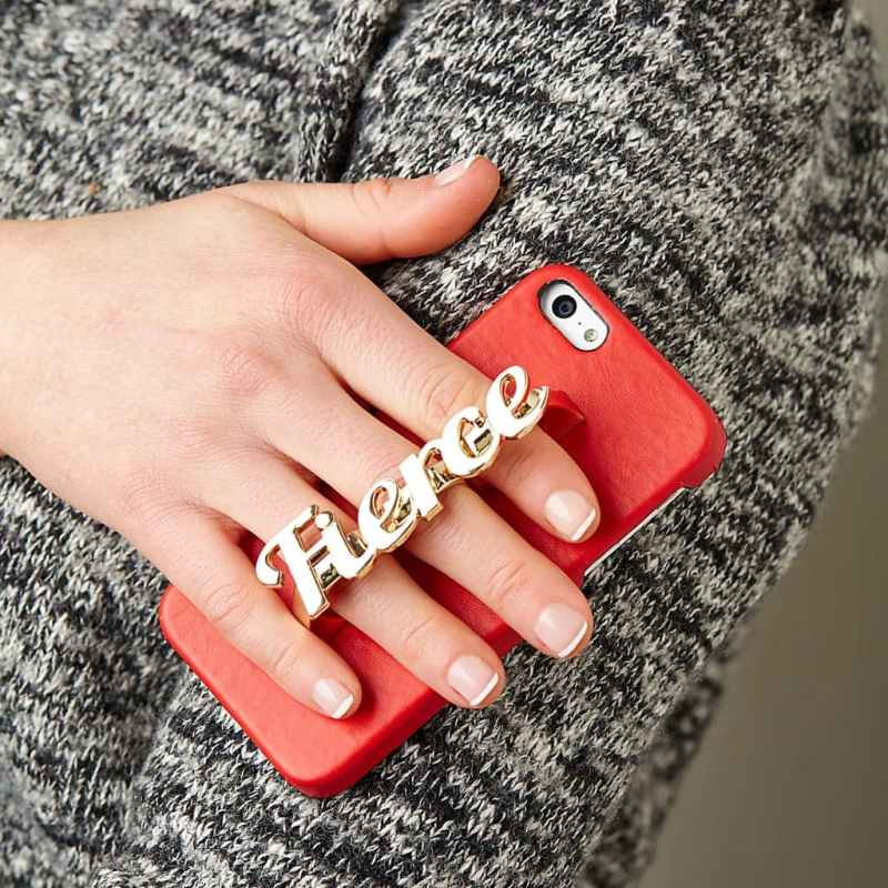 iPhone-Cases-That-Are-Both-Useful-And-Will-Protect-Your-Phone-9
