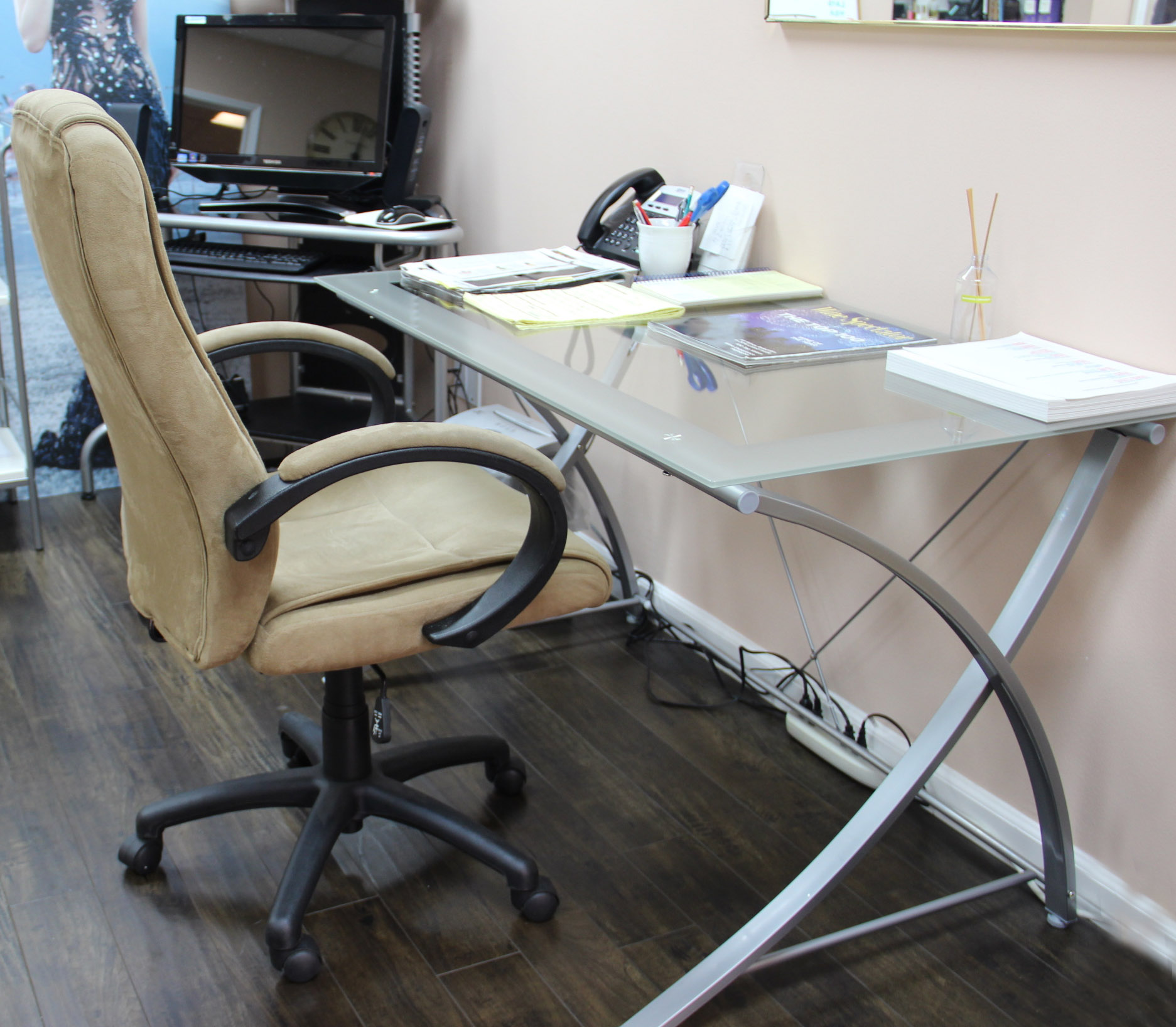 Realspace Chairs How To Turn An Empty Corner Into A Workspace With Office
