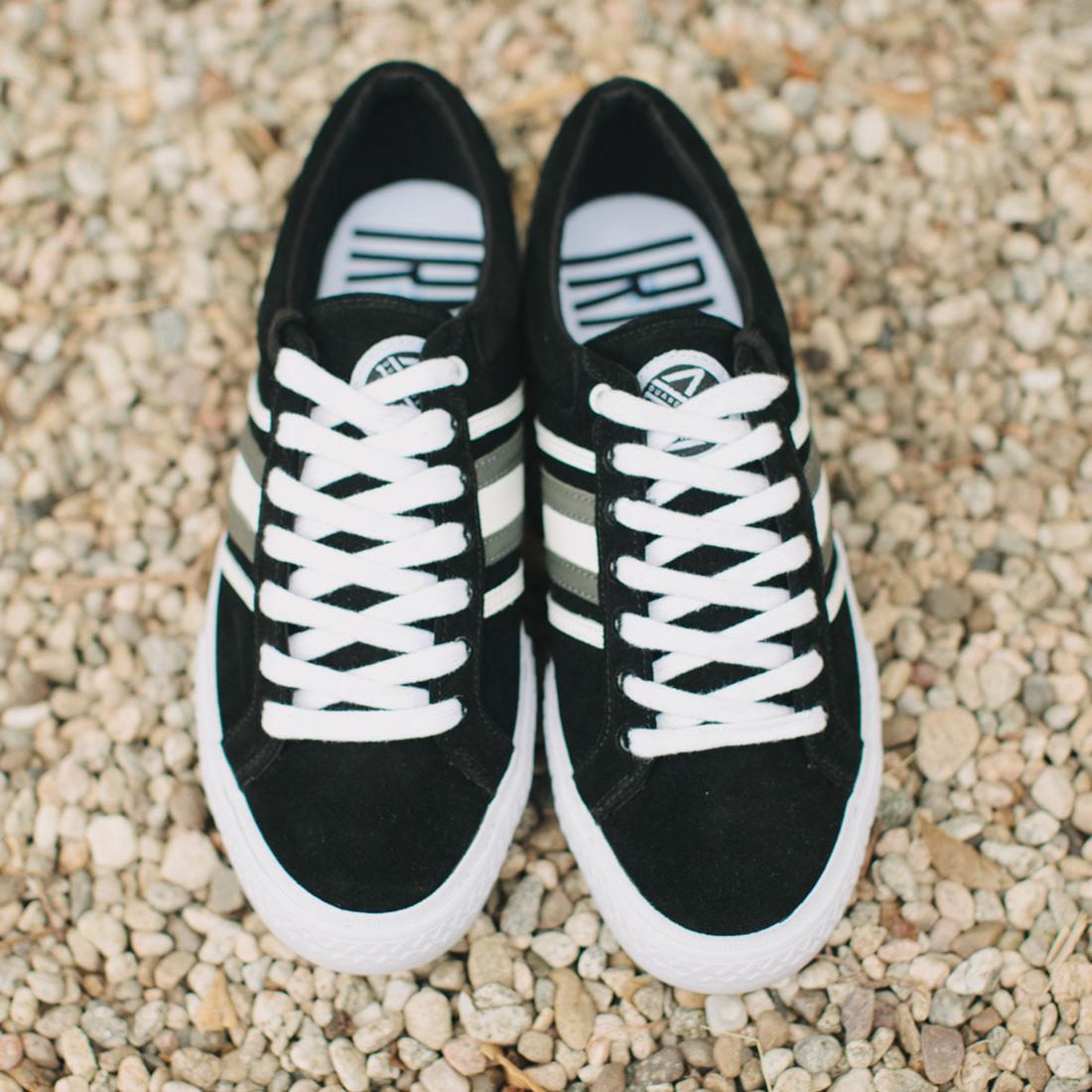 duane-peters-clasher-low-vulcanized-sneaker-black_white1100