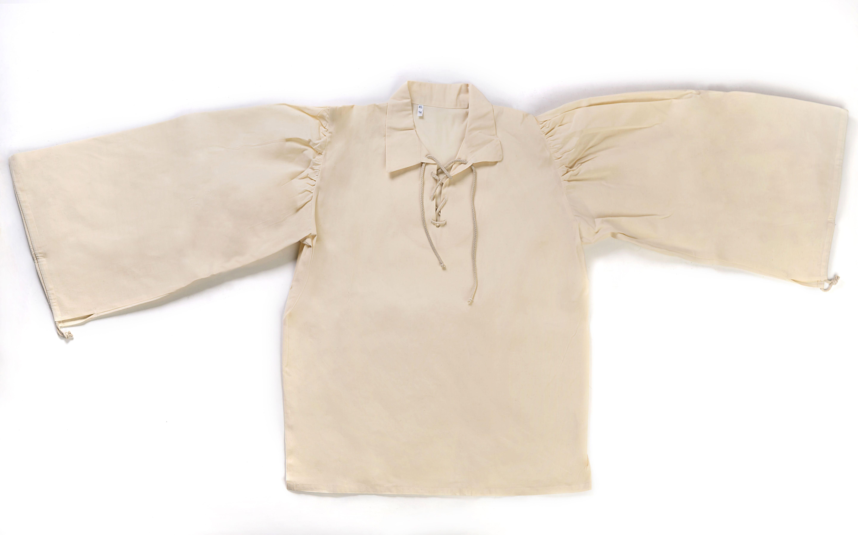 Camisa de época rústica