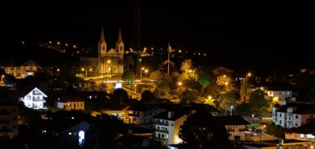 Jährlich Mitte Oktober feiert Treze Tílias ein Tirolerfest zur Erinnerung an die österreichischen Einwandere