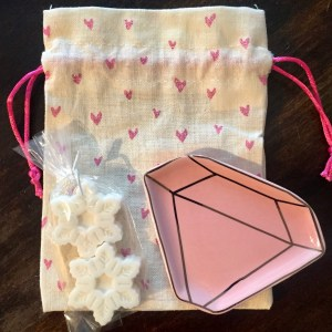 10 Valentine S Day Gift Ideas For Sisters Best Friends Latina Mom In Nyc