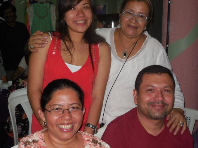 Sagrario y familia