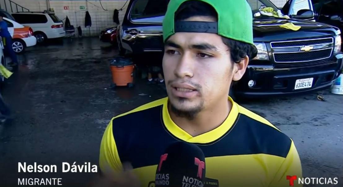 Nelson Davila-Foto Youtube Noticias Telemundo prefieren trabajar a solo pedir comida y dinero