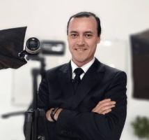 ESL teacher, Maximiliano Lobos
