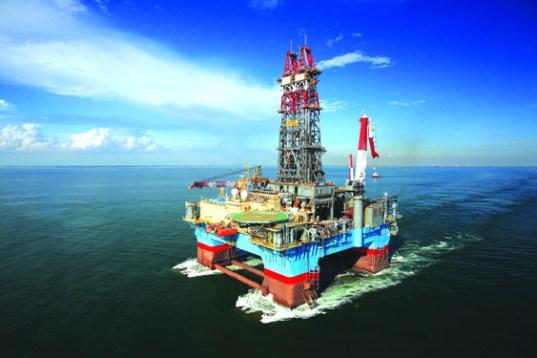La petrolera ExxonMobil cayó del segundo al 5º puesto de las compañías más rentables del planeta, una muestra del declibe de la industria de la gasolina./ARCHIVO