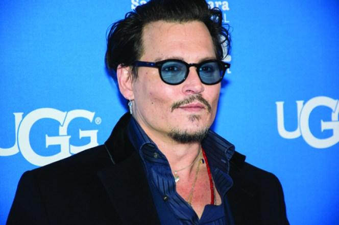 """Johnny Depp recibió el """"Modern Master Award"""" y fue uno de los más aplaudidos por los fans que se dieron cita cada noche en las afueras del Teatro Arlington de Santa Bárbara./OSCAR FLORES"""