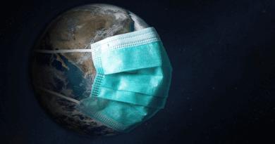 Vacunados dejarían de usar mascarillas