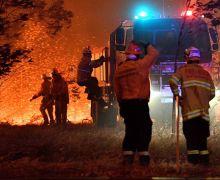 Canadá envía ayuda para combatir incendios forestales en Australia.
