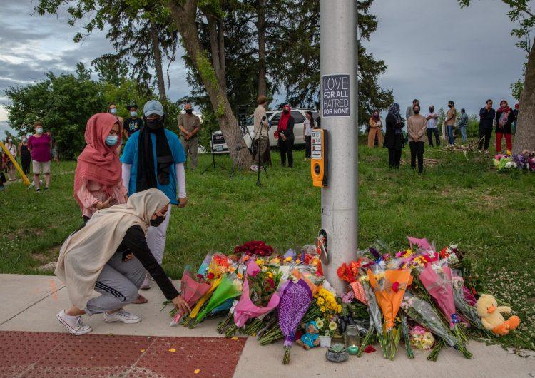Atentado contra familia musulmana deja cuatro muertos