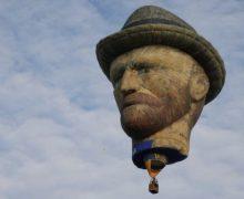Van Gogh estará paseando por el cielo de Toronto