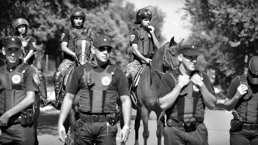 La Policía reparte balas para Navidad