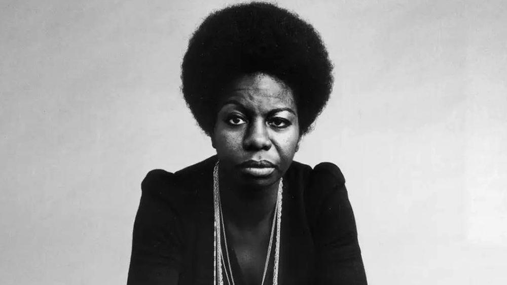"""Nina Simone: """"No estoy aquí para entretenerlos"""""""