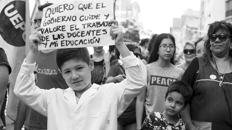 Defender la educación pública es defender el trabajo docente