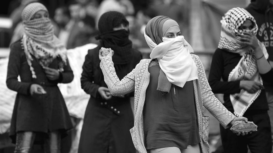 La ocupación israelí se ensaña contra las mujeres palestinas