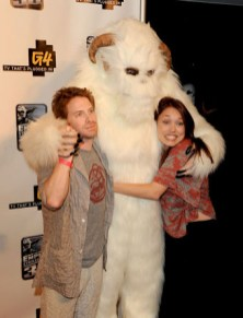 """Seth Green -- """"Family Guy,"""" """"Robot Chicken"""" -- poses with a Wampa & a friend"""