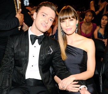 Justin Timberlake and Jessica Biel in the audience at the 2013 Grammy Awards [Photo: WireImage.com]