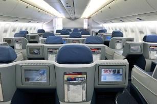 767 Business Elite in-flight entertainment