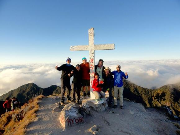 baru-team-at-the-top Inca Trail, Here We Come! Peru