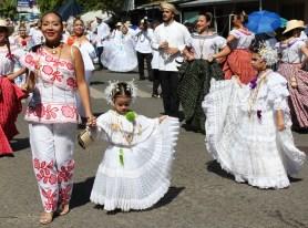little-pollera-girl-2 A Panama Road Trip Panama Panama Fairs and Festivals