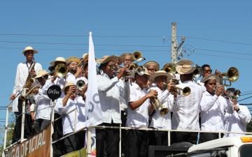 pollera-musicians-1 A Panama Road Trip Panama Panama Fairs and Festivals