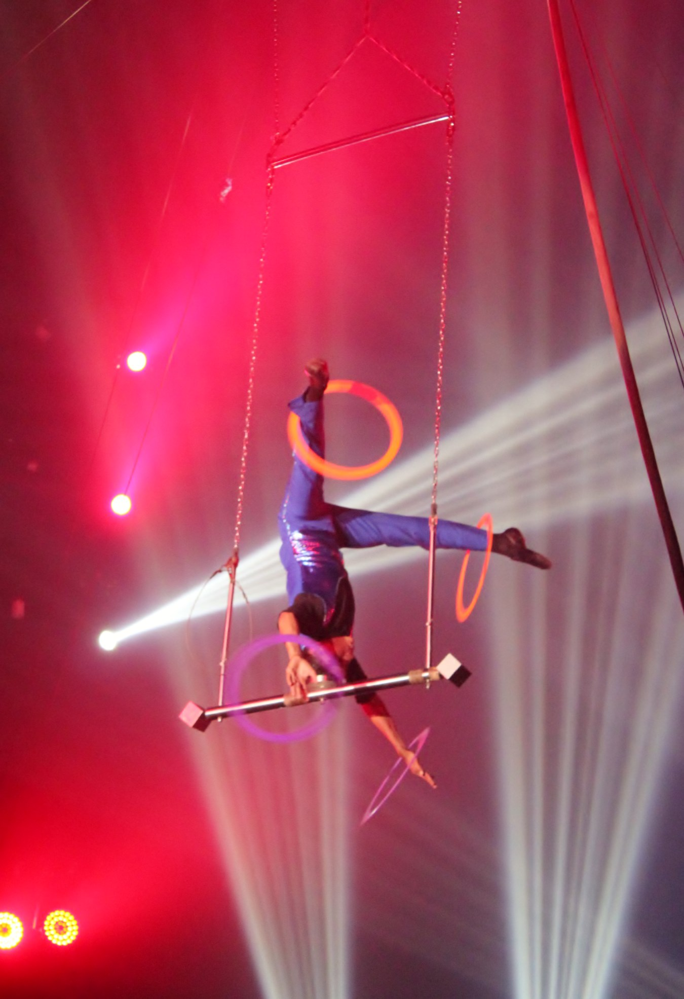 Aerial-Juggler-1 When the Circus Came to Boquete Boquete Panama The Expat Life