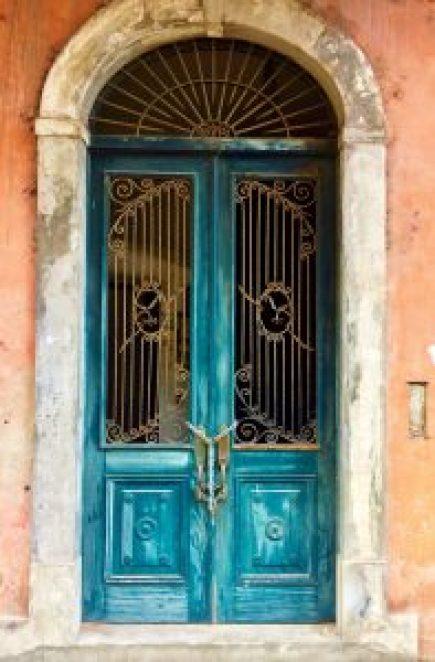 Casco-Viejo-Doorway-197x300 Discovering Casco Viejo, Panama Panama Panama City