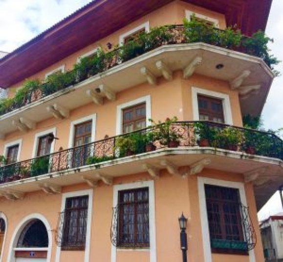 Casco-Viejo-Restored-Building-300x278 Discovering Casco Viejo, Panama Panama Panama City