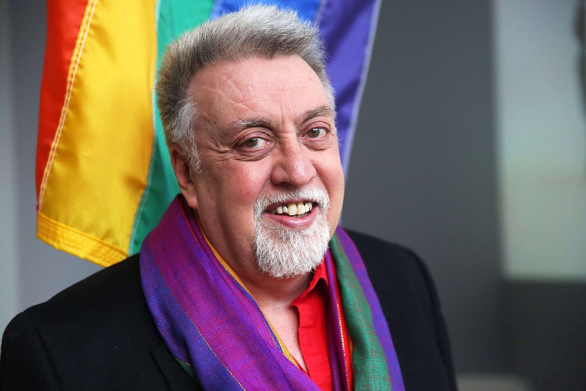 Gilbert Baker creador de la bandera LGBT