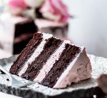 Semi-Naked Chocolate Cake with Vanilla & Rose Buttercream