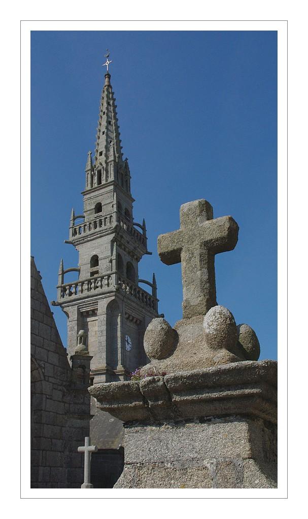 clocher del'église de Guissény
