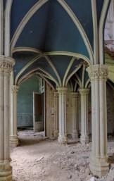 passage rez-de-chaussée château Miranda