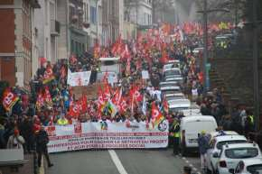 Evreux, le 5 décembre : 5000 manifestants