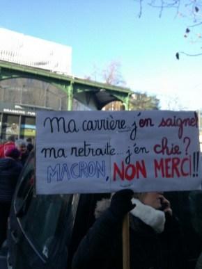 Dans la manifestation de Grenoble.