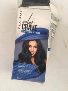 Clairol Colour Crave Semi-Permanent Colour in Indigo || empties from the bathroom || October 2018