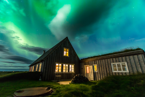 Nordic Luxury celebrates light show over new River Lodge