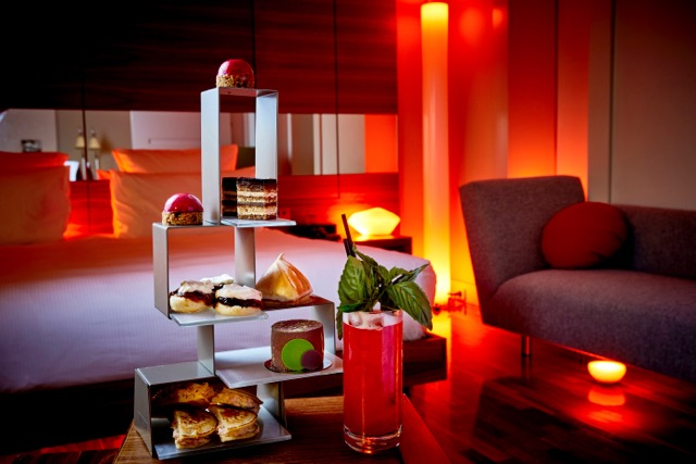 Hilton Sydney launches the first Vivid-inspired suite
