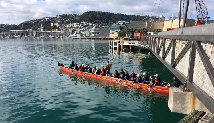 Te Wharewaka canoeing and cultural walking tours