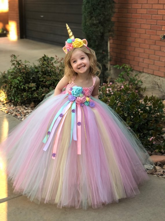 14 Simply Stunning Unicorn Party Ideas - Lattes, Lilacs, & Lullabies