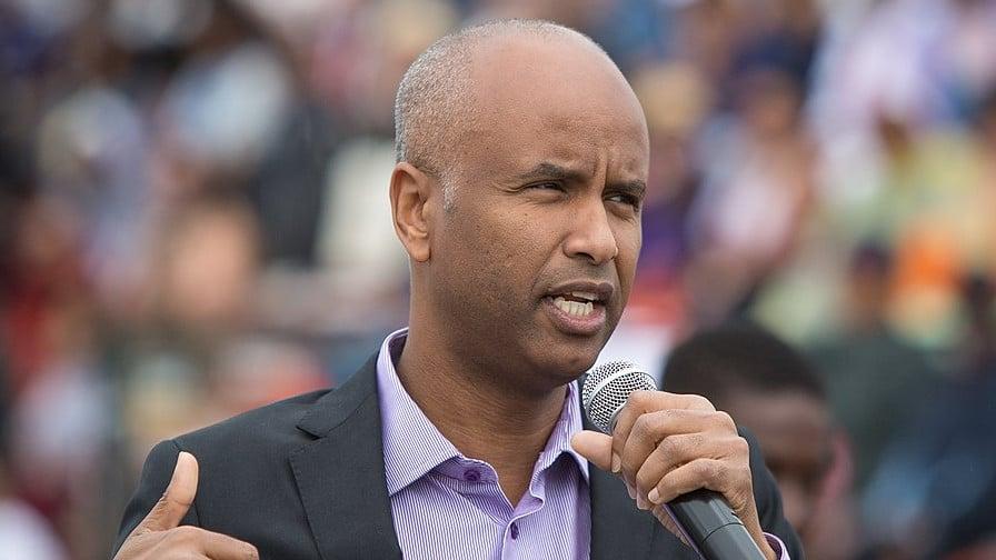 El ministro de Inmigración de Canadá, Ahmed Hussen