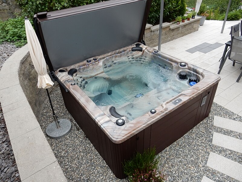 Spa Eden D8 Everblue Suisse