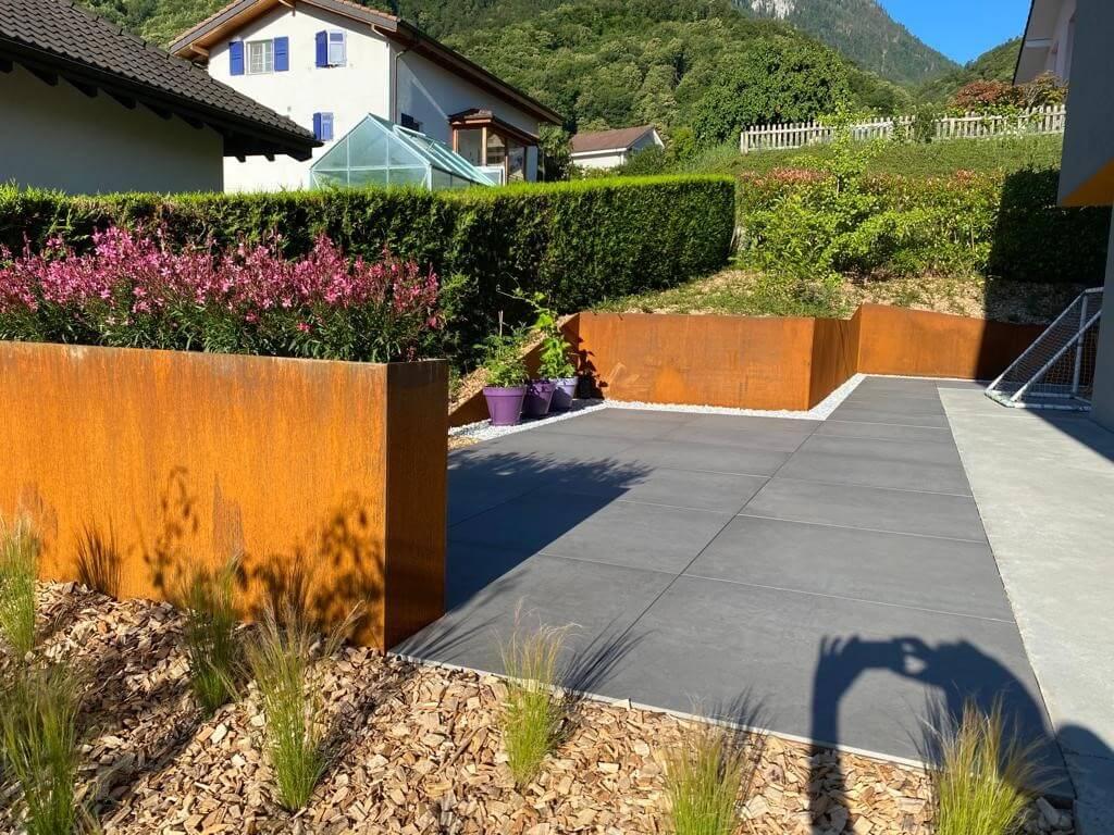 bac plantation terre acier rouille terrasse céramique