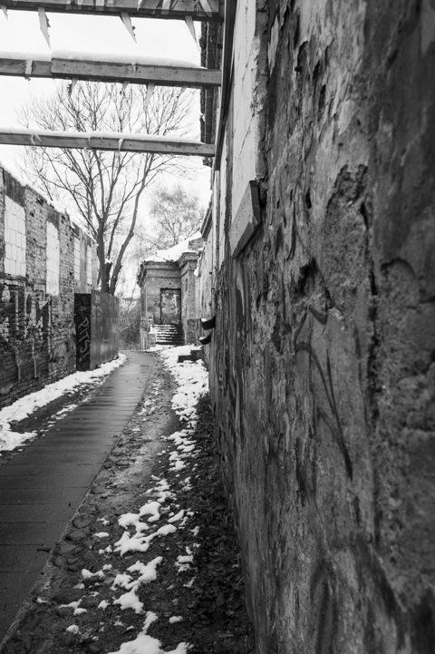Bild: In einer der Seitenstraßen im Stadtteil Užupis.
