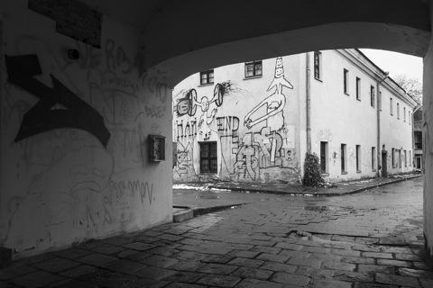 Bild: Und noch ein Hinterhof im Vilniuser Stadtteil Užupis.