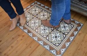 tapis imprimé carreaux ciment côté sud