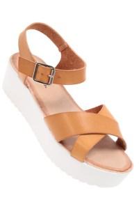 sandale semelle blanche camel tati