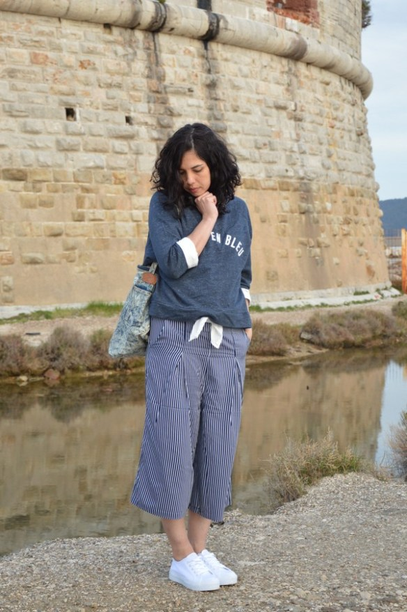 look-outfit-tenue-mode-jennyfer-printemps-bleu-rayures-jupeculotte